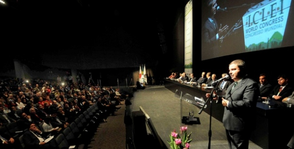 Antonio Anastasia, Brazil, speaks at  ICLEI 2012 (Flickr Photo /Governo de Minas Gerais)