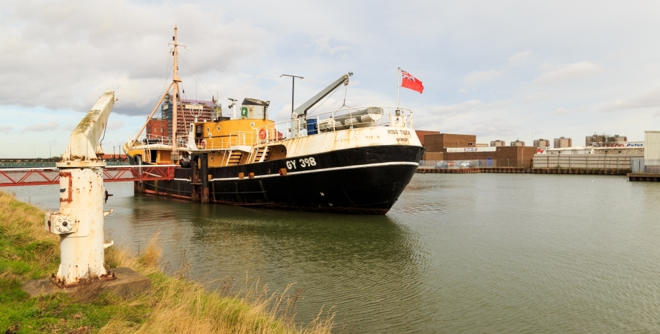 A side-winder fishing trawler at the Alexandra Dock in Grimsby, North Lincolnshire, England. (Shutterstock)