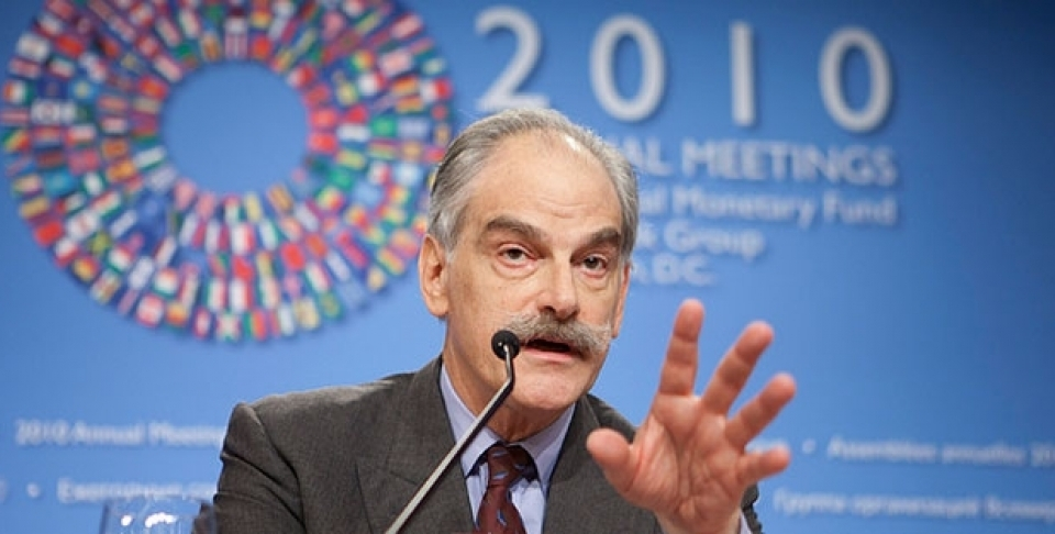 John Lipsky answers questions during his press conference October 7, 2010 at the IMF Headquarters in Washington, DC. (IMF Photograph/Stephen Jaffe)