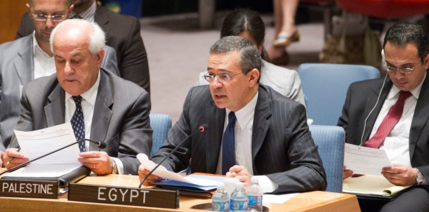 On July 23, 2013, Mootaz Ahmadein Khalil, Permanent Representative of the Arab Republic of Egypt to the UN, addresses the Security Council meeting on the situation in the Middle East. (UN Photo/Rick Bajornas)
