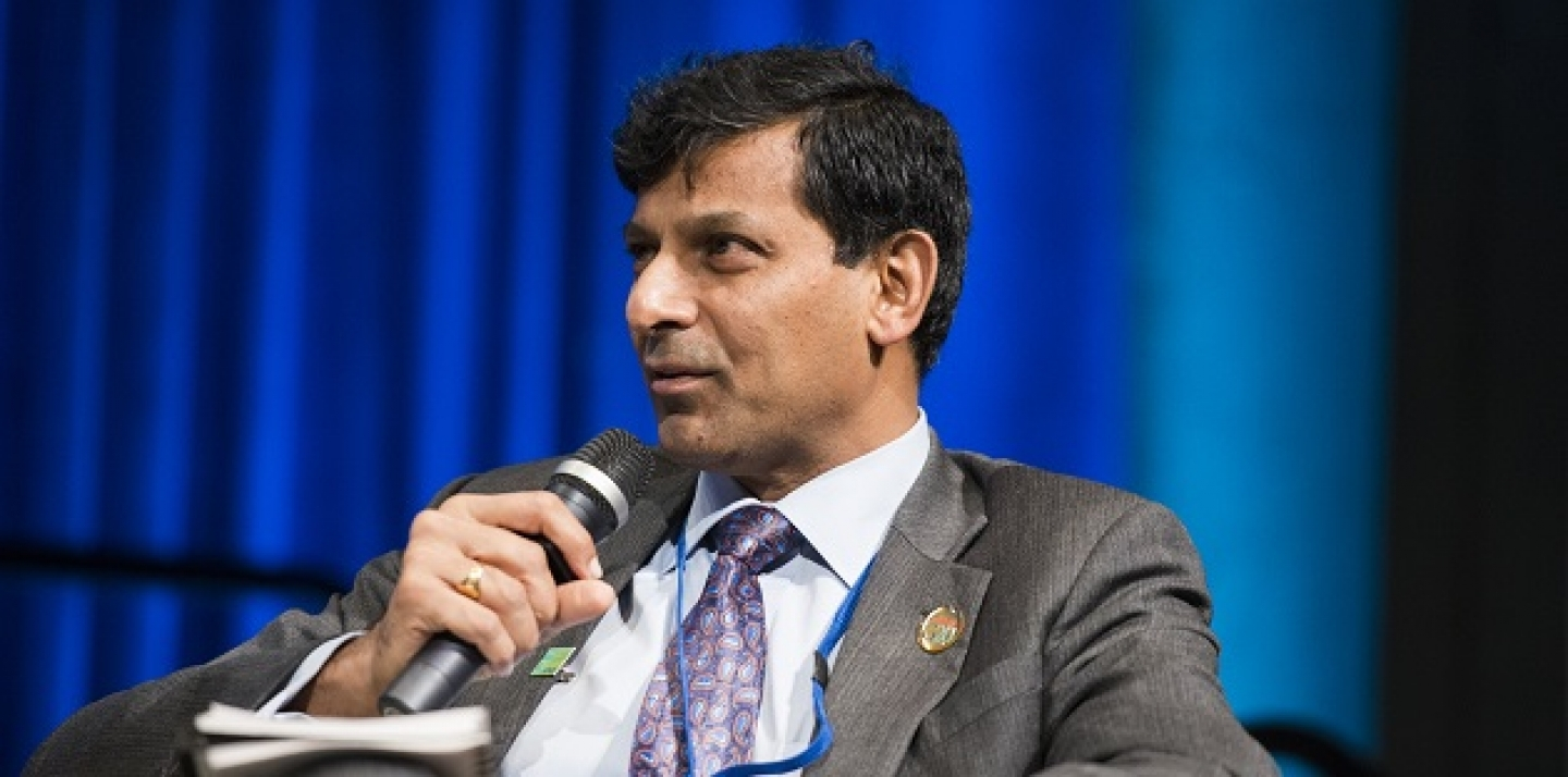 Reserve Bank of India Governor Raghuram Rajan speaks at a pannel discussion in 2015. (Photo: Grant Ellis/World Bank, CC BY-NC-ND 2.0).