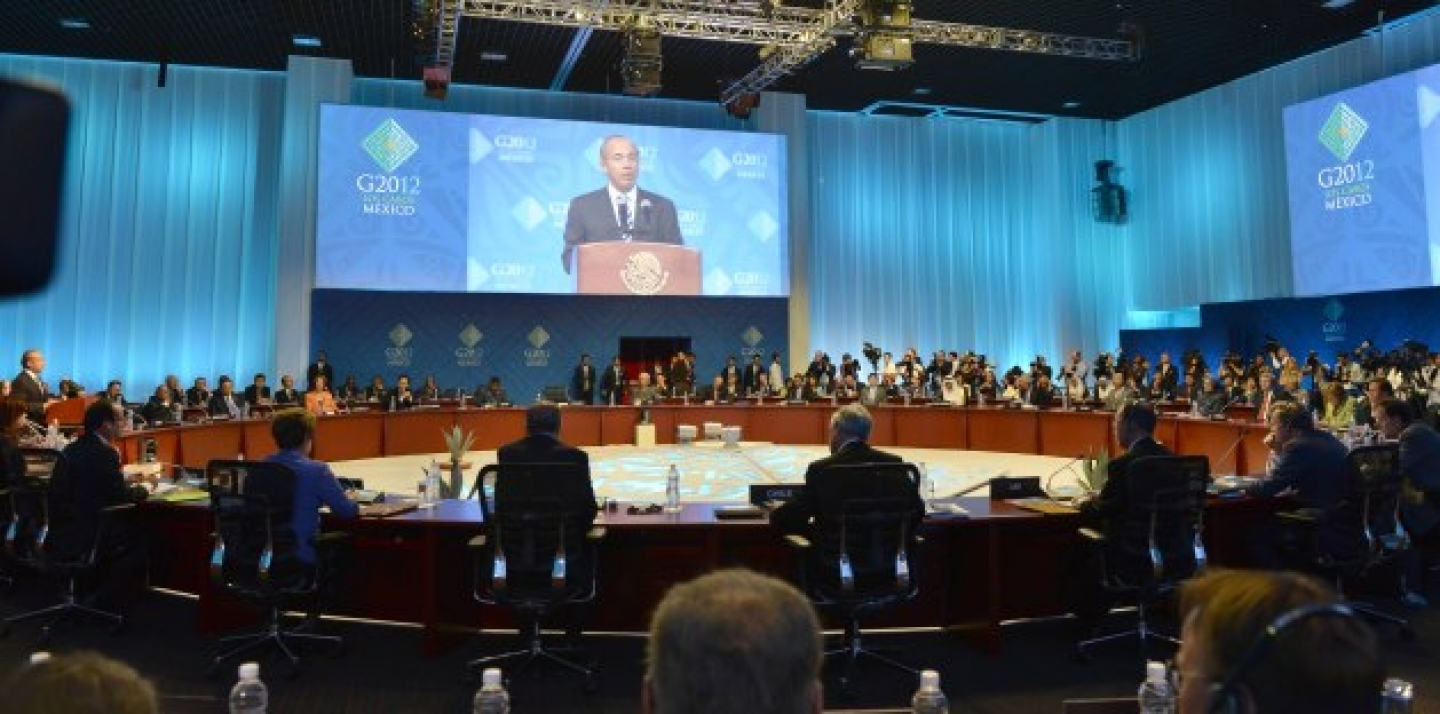 The Mexican president Felipe Calderón opened the first working session of the G-20 summit in Los Cabos. (Peer Grimm/Pool/dapd)