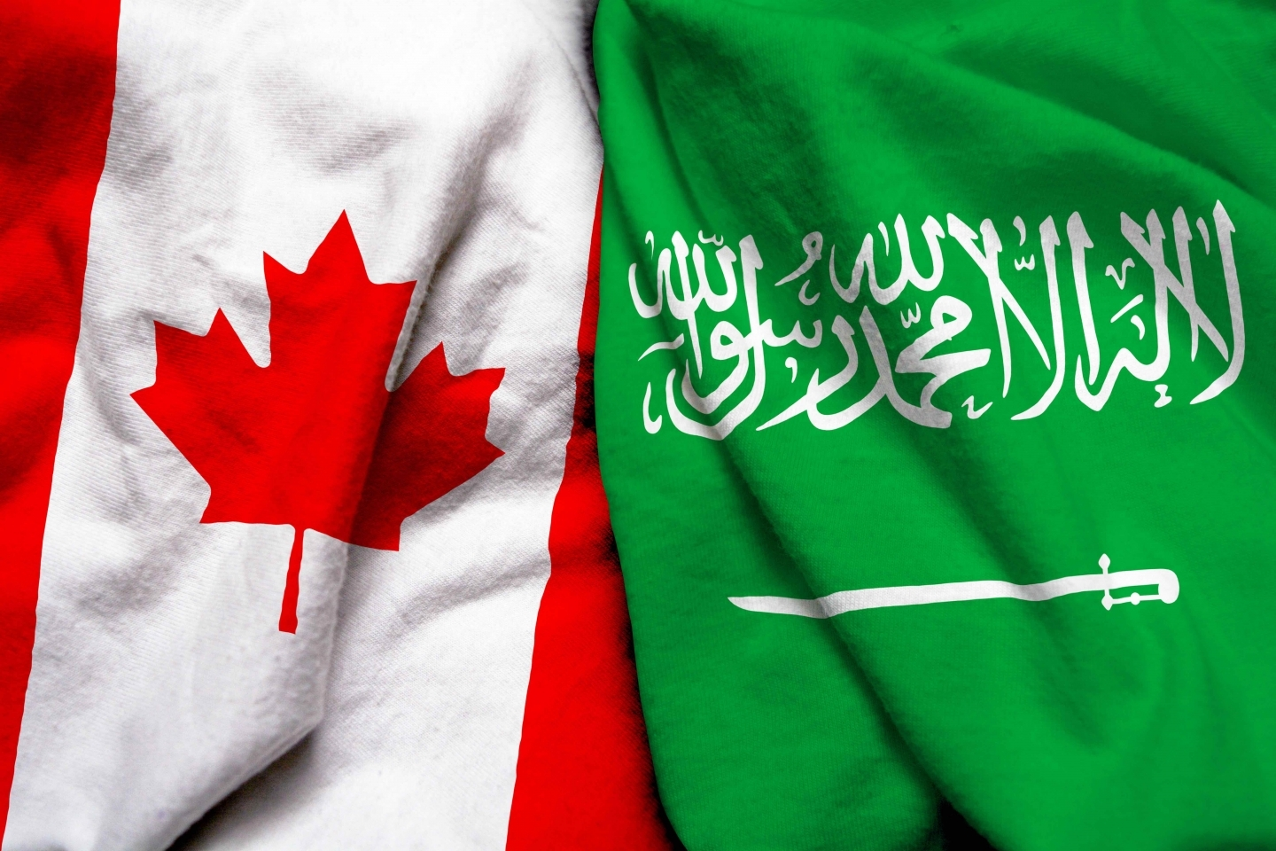 Canadian and Saudi Arabian flags (Shutterstock)