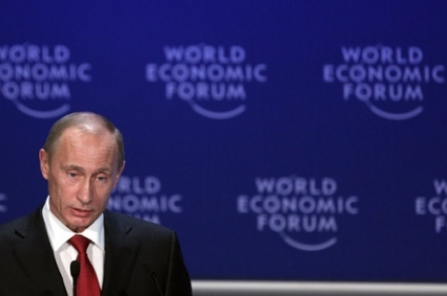 Vladimir Putin, Prime Minister of the Russian Federation holding his opening adress during the 'Opening Plenary of the World Economic Forum Annual Meeting 2009' at the Annual Meeting 2009 of the World Economic Forum in Davos, Switzerland, January 28, 2009. (Flickr Photo / World Economic Forum via CC BY-NC-SA 2.0)