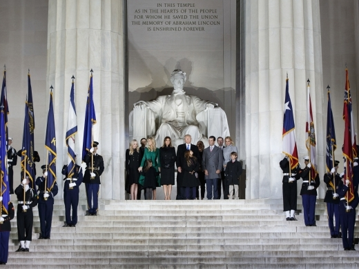 Donald Trump stands with his family at the Lincoln Memorial (AP Photo/Evan Vucci)