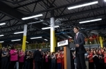 Prime Minister Justin Trudeau visits the new Amazon Fulfillment Centre in Brampton, Ontario. (Photo by Office of the Prime Minister of Canada/Adam Scotti)