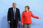 US President Donald Trump left the G20 increasingly isolated from the other leaders. Bundesregierung/Güngör.