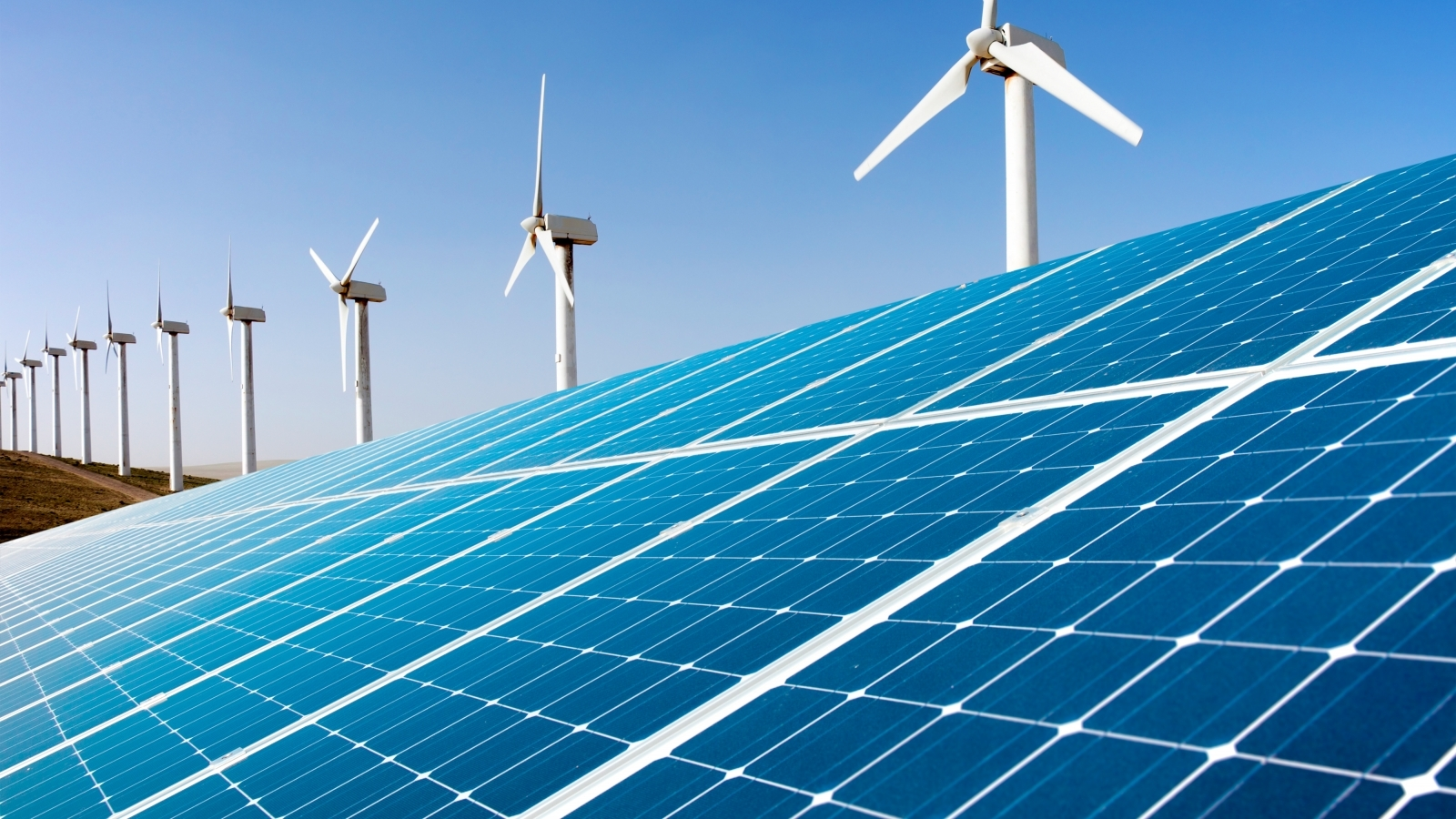 renewable energy systems 2017 renewable energy tax credits under the bipartisan budget act of 2018, the renewable energy tax credits for fuel cells, small wind turbines, and geothermal heat pumps now feature a gradual step down in the credit value, the same as those for solar energy systems.