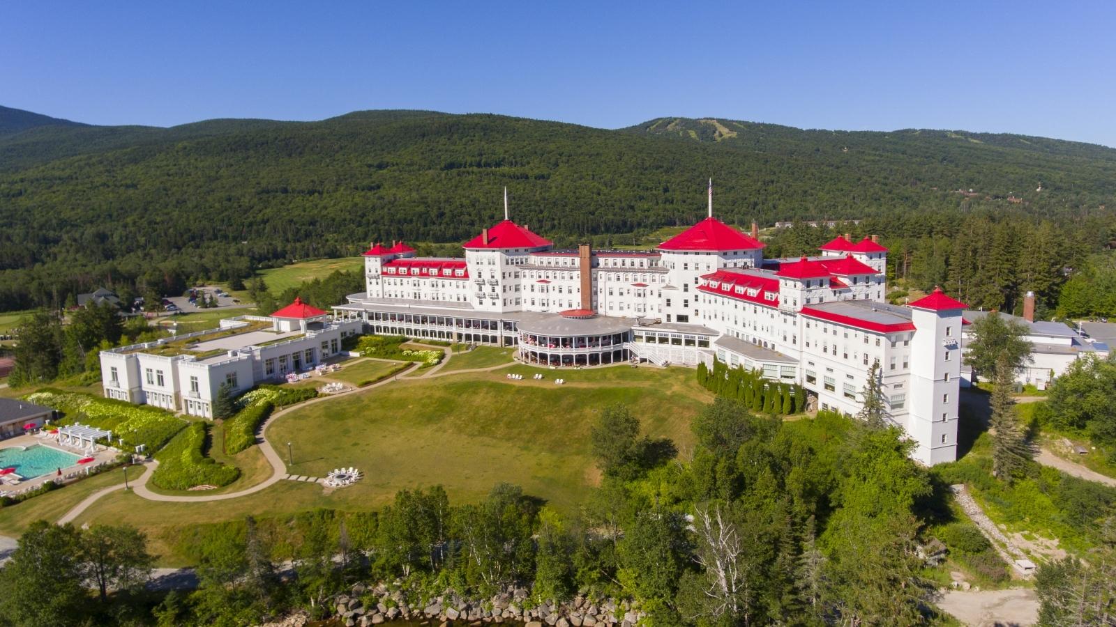 Bretton Woods Youth Leadership Academy - Adventure Moms DC |Bretton Woods Logo