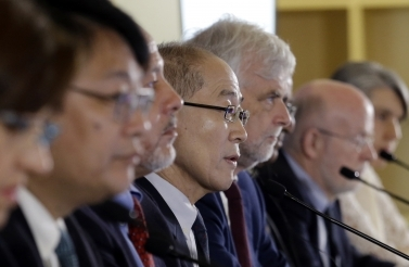 Intergovernmental Panel on Climate Change Chair Hoesung Lee speaks during a press conference in Incheon, South Korea on October 8, 2018. (AP Photo/Ahn Young-joon)