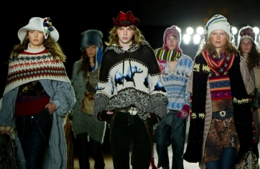 Models walk down the runway at the fall 2005 H&M fashion show in New York