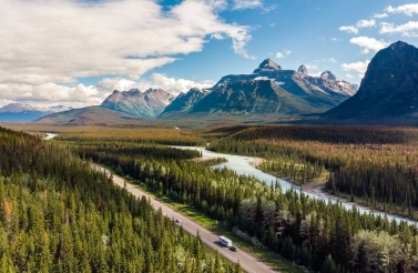 Conference attendees will gather in Banff, Alberta from November 10-12 to discuss Indigenous solutions for environmental issues. (Shutterstock)